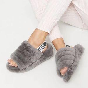 UGG🍂🍁Fluff Yeah grey slippers Sz 10